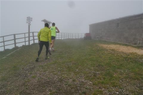 TRAIL di PIZZO San Michele N°3157 FOTO scattate a raffica in VETTA da Peppe Dalessio con nebbia e gran freddo - foto 3