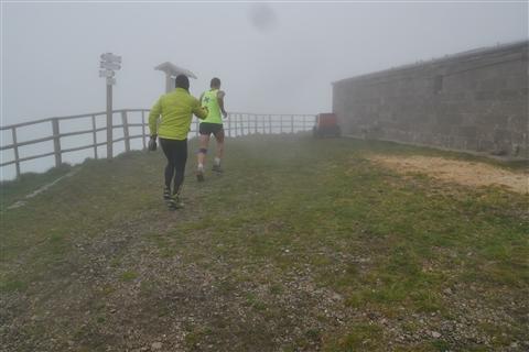 TRAIL di PIZZO San Michele N°3157 FOTO scattate a raffica in VETTA da Peppe Dalessio con nebbia e gran freddo - foto 5
