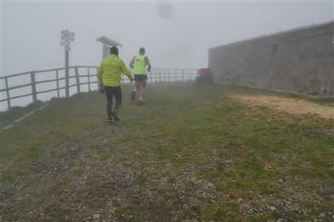 TRAIL di PIZZO San Michele N°3157 FOTO scattate a raffica in VETTA da Peppe Dalessio con nebbia e gran freddo - foto 7