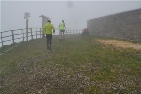 TRAIL di PIZZO San Michele N°3157 FOTO scattate a raffica in VETTA da Peppe Dalessio con nebbia e gran freddo - foto 11