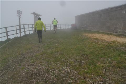 TRAIL di PIZZO San Michele N°3157 FOTO scattate a raffica in VETTA da Peppe Dalessio con nebbia e gran freddo - foto 15
