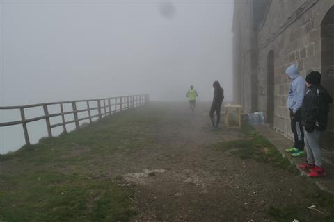TRAIL di PIZZO San Michele N°3157 FOTO scattate a raffica in VETTA da Peppe Dalessio con nebbia e gran freddo - foto 16