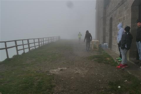 TRAIL di PIZZO San Michele N°3157 FOTO scattate a raffica in VETTA da Peppe Dalessio con nebbia e gran freddo - foto 20