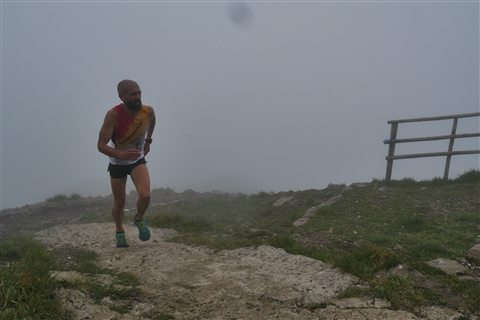 TRAIL di PIZZO San Michele N°3157 FOTO scattate a raffica in VETTA da Peppe Dalessio con nebbia e gran freddo - foto 23