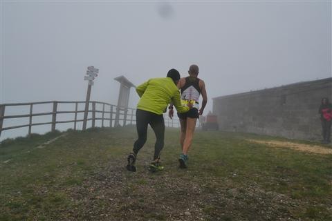 TRAIL di PIZZO San Michele N°3157 FOTO scattate a raffica in VETTA da Peppe Dalessio con nebbia e gran freddo - foto 37