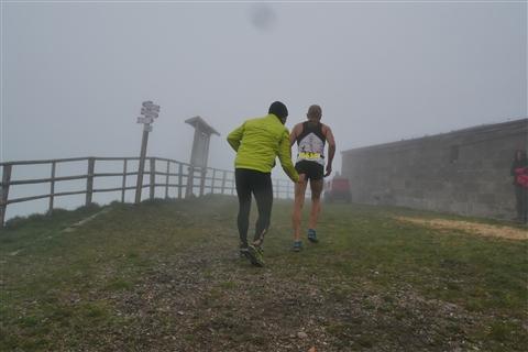 TRAIL di PIZZO San Michele N°3157 FOTO scattate a raffica in VETTA da Peppe Dalessio con nebbia e gran freddo - foto 39