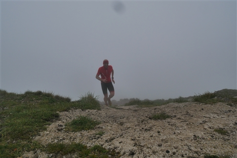 TRAIL di PIZZO San Michele N°3157 FOTO scattate a raffica in VETTA da Peppe Dalessio con nebbia e gran freddo - foto 42