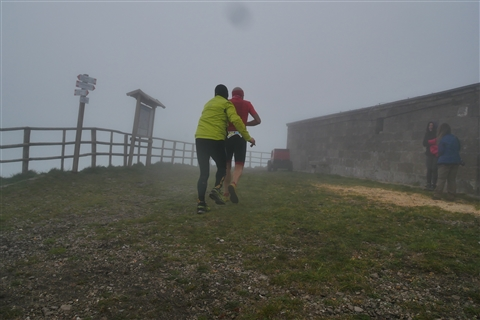 TRAIL di PIZZO San Michele N°3157 FOTO scattate a raffica in VETTA da Peppe Dalessio con nebbia e gran freddo - foto 68