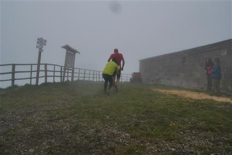 TRAIL di PIZZO San Michele N°3157 FOTO scattate a raffica in VETTA da Peppe Dalessio con nebbia e gran freddo - foto 76