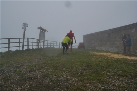 TRAIL di PIZZO San Michele N°3157 FOTO scattate a raffica in VETTA da Peppe Dalessio con nebbia e gran freddo - foto 79