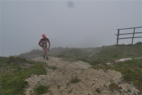 TRAIL di PIZZO San Michele N°3157 FOTO scattate a raffica in VETTA da Peppe Dalessio con nebbia e gran freddo - foto 97