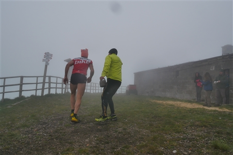 TRAIL di PIZZO San Michele N°3157 FOTO scattate a raffica in VETTA da Peppe Dalessio con nebbia e gran freddo - foto 131