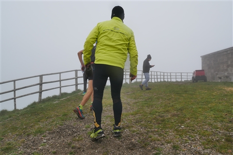 TRAIL di PIZZO San Michele N°3157 FOTO scattate a raffica in VETTA da Peppe Dalessio con nebbia e gran freddo - foto 236
