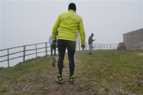 TRAIL di PIZZO San Michele N°3157 FOTO scattate a raffica in VETTA da Peppe Dalessio con nebbia e gran freddo - foto 237