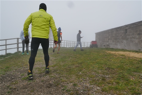 TRAIL di PIZZO San Michele N°3157 FOTO scattate a raffica in VETTA da Peppe Dalessio con nebbia e gran freddo - foto 245