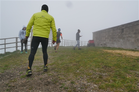 TRAIL di PIZZO San Michele N°3157 FOTO scattate a raffica in VETTA da Peppe Dalessio con nebbia e gran freddo - foto 246