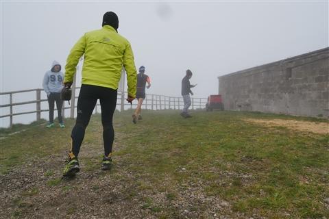 TRAIL di PIZZO San Michele N°3157 FOTO scattate a raffica in VETTA da Peppe Dalessio con nebbia e gran freddo - foto 247