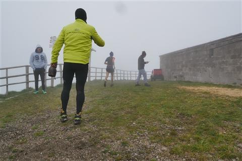 TRAIL di PIZZO San Michele N°3157 FOTO scattate a raffica in VETTA da Peppe Dalessio con nebbia e gran freddo - foto 250