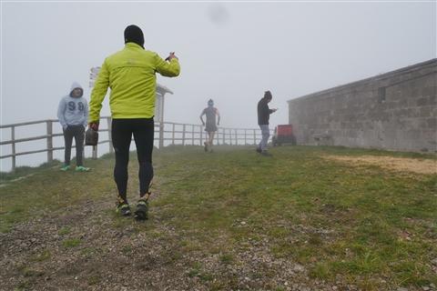 TRAIL di PIZZO San Michele N°3157 FOTO scattate a raffica in VETTA da Peppe Dalessio con nebbia e gran freddo - foto 253