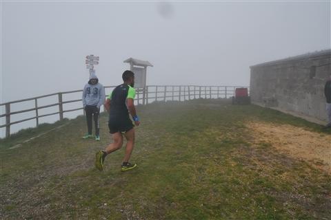 TRAIL di PIZZO San Michele N°3157 FOTO scattate a raffica in VETTA da Peppe Dalessio con nebbia e gran freddo - foto 309