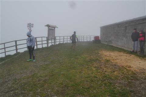 TRAIL di PIZZO San Michele N°3157 FOTO scattate a raffica in VETTA da Peppe Dalessio con nebbia e gran freddo - foto 320