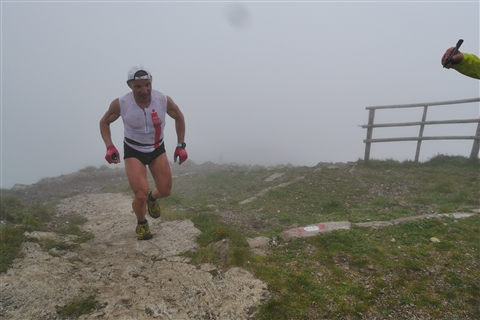 TRAIL di PIZZO San Michele N°3157 FOTO scattate a raffica in VETTA da Peppe Dalessio con nebbia e gran freddo - foto 347