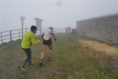 TRAIL di PIZZO San Michele N°3157 FOTO scattate a raffica in VETTA da Peppe Dalessio con nebbia e gran freddo - foto 356