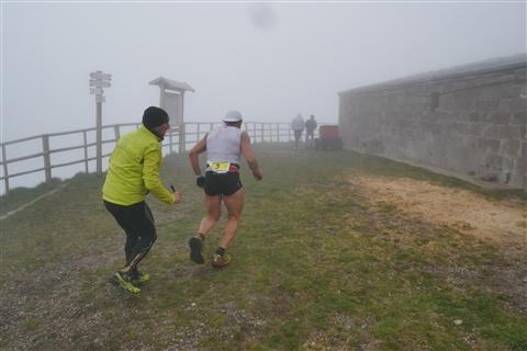 TRAIL di PIZZO San Michele N°3157 FOTO scattate a raffica in VETTA da Peppe Dalessio con nebbia e gran freddo - foto 357