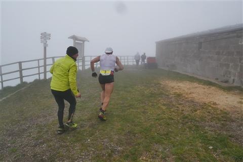 TRAIL di PIZZO San Michele N°3157 FOTO scattate a raffica in VETTA da Peppe Dalessio con nebbia e gran freddo - foto 358