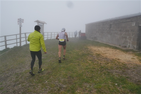 TRAIL di PIZZO San Michele N°3157 FOTO scattate a raffica in VETTA da Peppe Dalessio con nebbia e gran freddo - foto 361