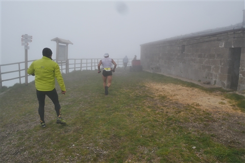 TRAIL di PIZZO San Michele N°3157 FOTO scattate a raffica in VETTA da Peppe Dalessio con nebbia e gran freddo - foto 365