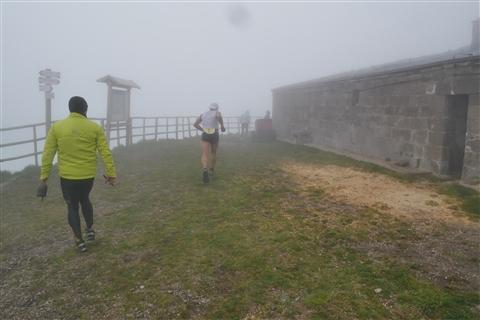 TRAIL di PIZZO San Michele N°3157 FOTO scattate a raffica in VETTA da Peppe Dalessio con nebbia e gran freddo - foto 367