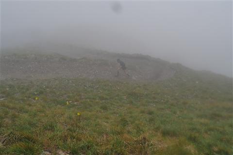TRAIL di PIZZO San Michele N°3157 FOTO scattate a raffica in VETTA da Peppe Dalessio con nebbia e gran freddo - foto 380