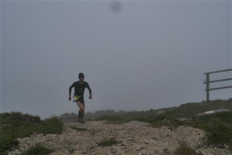 TRAIL di PIZZO San Michele N°3157 FOTO scattate a raffica in VETTA da Peppe Dalessio con nebbia e gran freddo - foto 388