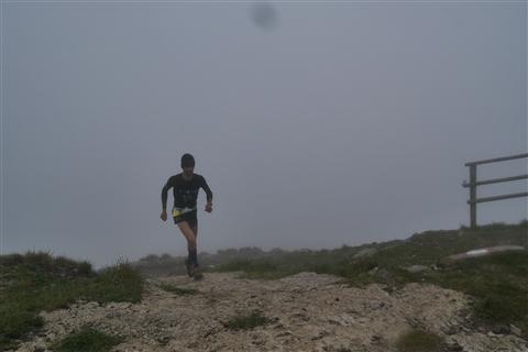 TRAIL di PIZZO San Michele N°3157 FOTO scattate a raffica in VETTA da Peppe Dalessio con nebbia e gran freddo - foto 389