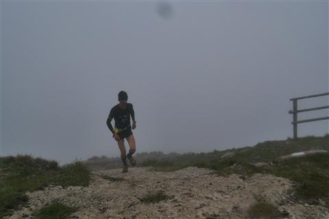 TRAIL di PIZZO San Michele N°3157 FOTO scattate a raffica in VETTA da Peppe Dalessio con nebbia e gran freddo - foto 391