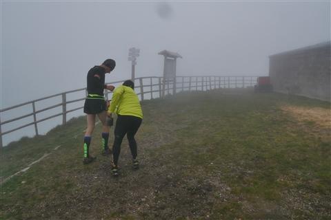 TRAIL di PIZZO San Michele N°3157 FOTO scattate a raffica in VETTA da Peppe Dalessio con nebbia e gran freddo - foto 413