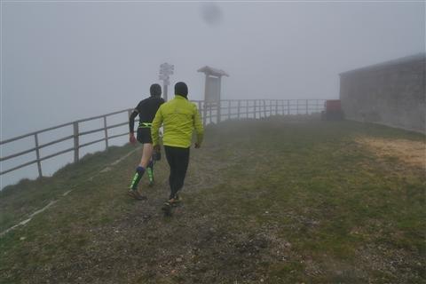 TRAIL di PIZZO San Michele N°3157 FOTO scattate a raffica in VETTA da Peppe Dalessio con nebbia e gran freddo - foto 420