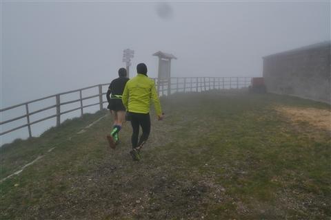 TRAIL di PIZZO San Michele N°3157 FOTO scattate a raffica in VETTA da Peppe Dalessio con nebbia e gran freddo - foto 421