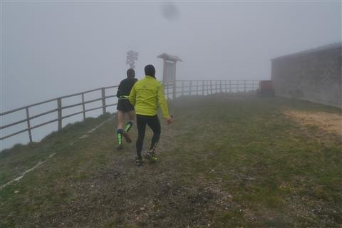 TRAIL di PIZZO San Michele N°3157 FOTO scattate a raffica in VETTA da Peppe Dalessio con nebbia e gran freddo - foto 422