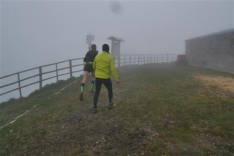 TRAIL di PIZZO San Michele N°3157 FOTO scattate a raffica in VETTA da Peppe Dalessio con nebbia e gran freddo - foto 423