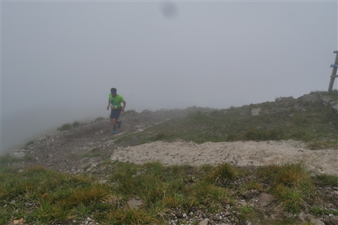 TRAIL di PIZZO San Michele N°3157 FOTO scattate a raffica in VETTA da Peppe Dalessio con nebbia e gran freddo - foto 425