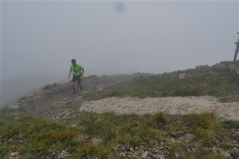 TRAIL di PIZZO San Michele N°3157 FOTO scattate a raffica in VETTA da Peppe Dalessio con nebbia e gran freddo - foto 428