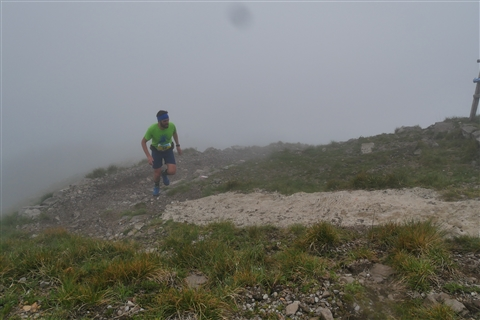 TRAIL di PIZZO San Michele N°3157 FOTO scattate a raffica in VETTA da Peppe Dalessio con nebbia e gran freddo - foto 435
