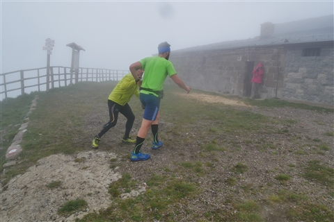TRAIL di PIZZO San Michele N°3157 FOTO scattate a raffica in VETTA da Peppe Dalessio con nebbia e gran freddo - foto 460