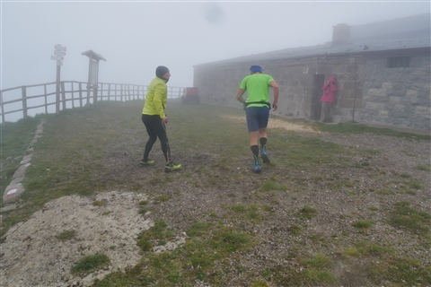 TRAIL di PIZZO San Michele N°3157 FOTO scattate a raffica in VETTA da Peppe Dalessio con nebbia e gran freddo - foto 469