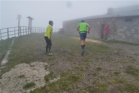 TRAIL di PIZZO San Michele N°3157 FOTO scattate a raffica in VETTA da Peppe Dalessio con nebbia e gran freddo - foto 470