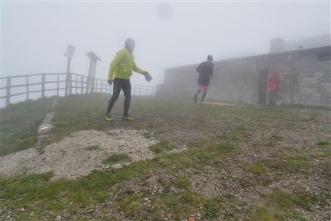TRAIL di PIZZO San Michele N°3157 FOTO scattate a raffica in VETTA da Peppe Dalessio con nebbia e gran freddo - foto 512
