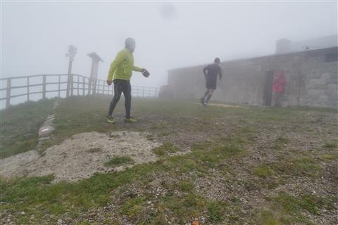 TRAIL di PIZZO San Michele N°3157 FOTO scattate a raffica in VETTA da Peppe Dalessio con nebbia e gran freddo - foto 513