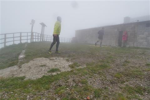 TRAIL di PIZZO San Michele N°3157 FOTO scattate a raffica in VETTA da Peppe Dalessio con nebbia e gran freddo - foto 517